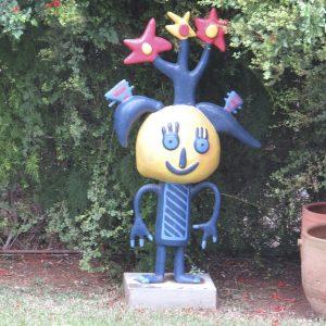 פסל הילד גידי לחצר הבית